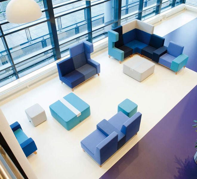 loungemeubiliar modulair wachtmeubilair akoestisch hoge rug bekleding in wol poef verschillende kleuren