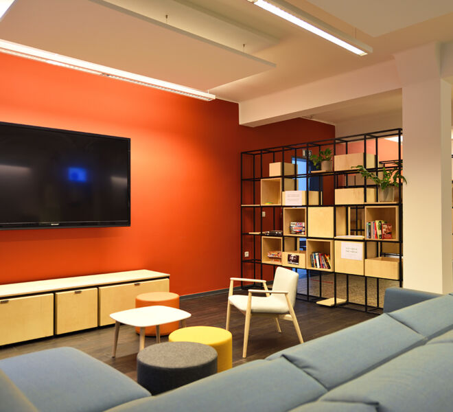 IMG_MWM_KU_Leuven_Agora_Chill&Refill_Wandrek_en_laag_tv-meubel_NW_009